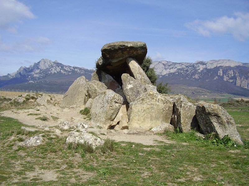 dolmen-la-chabola-de-la-bruja-el-villar