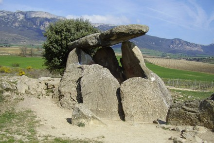 dolmen-la-chabola-de-la-hechicera-iberia-arcana
